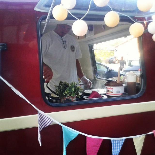 Mañana debut en @mercadodemotores_oficial Come crepe with us!! Os esperamos de 11 am a 22 pm#debut #ganas #gastronomia #delicious #crepes #foodtrucklovers #foodtruck #vintage #mercadomotores