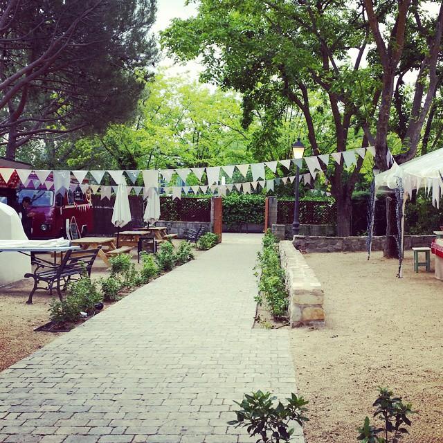 Ready for crepe time#fundamarket #fundacion #carmenvalcarcel #montecarmelo #solidario #picnic #lunch #planesenmadrid #planmadrid #igersmadrid #vzlanoemprendedor #foodtrucklovers #Madrid #mapetitecreperie #crepes #nutella