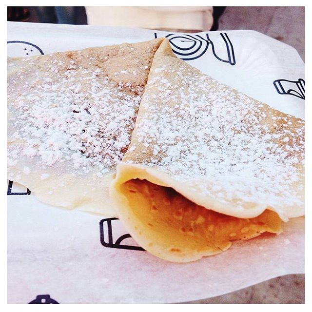 Crepes with us this weekend in ValenciaGracias a @paulaelenaramos por esta foto tan buena  #foto #foodie #contravanfoodfestival #contravan #crepes #mapetitecreperie  #valencia #steetfood #festival #market #foodporn #deli #ñam #gastronomia