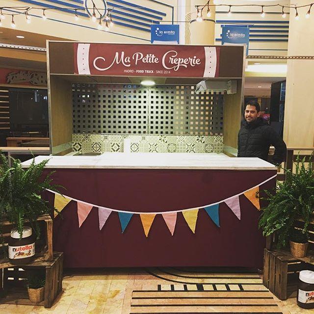 🚦C A L L E  G O U R M E T🚦 El primer mercado de Street Food cubierto de Madrid!! Os esperamos a partir del viernes a las 12 pm en el C.C. La Ermita!!! #streetfood #MaPetiteCreperie #invierno2017 #nutella #foodtruck #crepes #goutmet #foodies #gastronomia #madrid #callegourmet
