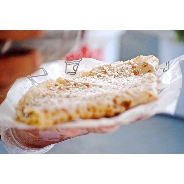 Delicioso, delicioso , …nos apetece descansar el finde y acompañar nuestra tarde con una crepe dulce , ¿y ustedes que plan tienen para hoy?…#MapetiteCreperie #comida #yummyfood #igersmadrid #food #foodie #delicioso #ÑamiÑamiMapetite #yummy #foodporn #foodgram #ConoceMaPetite#BonJourMadrid #Crepe #CrepeLove #sabado #madrid #españa #sweet