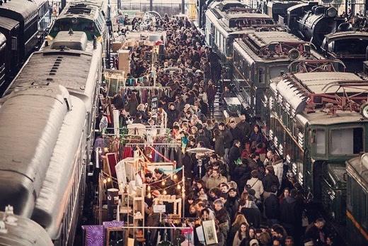 m e r c a d o  d e  m o t o r e s Un mes más disfrutando del mejor mercado de MADRID!! Os esperamos hoy y mañana @mercadodemotores_oficial #mapetitecreperie #mercadomotores #madrid #crepes #noviembre #otoño